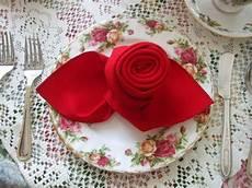 Rose Folding Rosemary S Sampler Napkin Folding A Rose