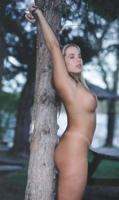 Nude Outside Stories