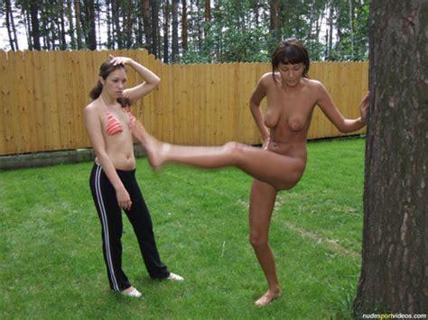 Naked Girls Jump Roping