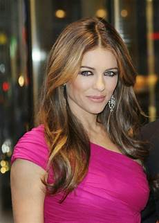 elizabeth hurley sexy bikini pictures will expose her