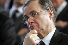 governatore d italia il governatore della d italia visco quot le imprese