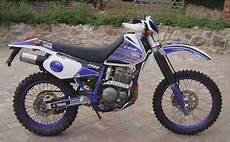 Specifications Of The Yamaha Ttr 250 Ehow Motorcycles