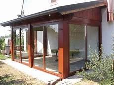 foto di verande chiuse verande in legno nel 2020 patii veranda e patio pergolato