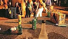 bicchieri per vendita comune divieto di vendita per bevande contenute in
