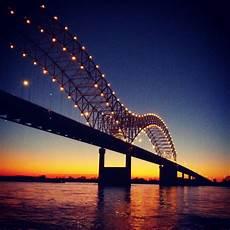 Hernando De Soto Bridge Lights Hernando Desoto Bridge Memphis Tn West Memphis Ar