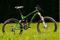 Downhill Werkzeug by Trek 2012 Slash Downhill Trail Bike Mtb News De