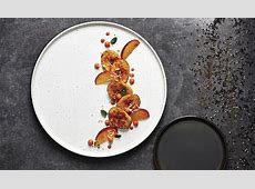 Rene Ozorio   Porcelain   Dinnerware