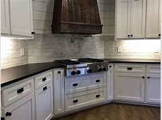 Brickwork from Daltile in Studio in 2019   Home decor colors, Home decor, Brickwork