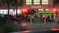 Walmart Savannah Ga Customers Employees Evacuate Savannah Walmart Due To Fire