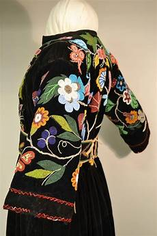 beadwork clothes 204 best images about craftwork beadwork on