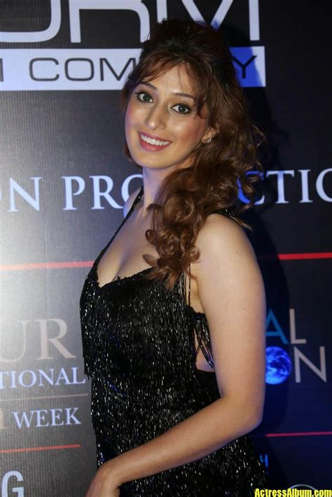 Aiswarya Rai Sexy