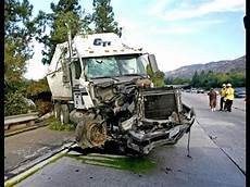 Accidente De Crazy Design Crazy Truck Crash Amazing Trucks Accident Best Trailer