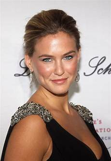 model bar refaeli avoids jail time mother sentenced in