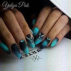 Black And Teal Nail Designs Pin By Emily Peterson On Nails Oval Nails Modern Nails