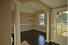 40 paint colors for living room with wood floors