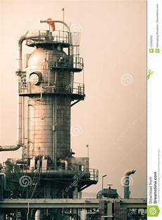 Distillation Tower Distillation Tower Stock Image Image Of Plant Energy