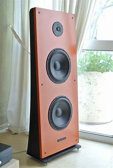 Air Baffle Design Floor Stand Open Baffle Speakers Only 42cm Wide With