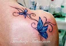 tatuaggio fiore e farfalla 116 best images about tattoos i on blue