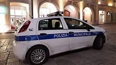 procura della repubblica di napoli ufficio denunce ariano insulti alla polizia municipale su fb 4 denunce