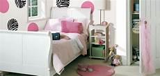 oggetti per arredare da letto come arredare la da letto di una ragazza