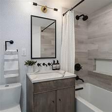 small apartment bathroom decorating ideas ideas to transform your apartment s bathroom small