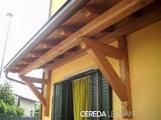 tettoia a sbalzo in legno pensiline ed ingressi in legno cereda legnami agrate brianza