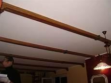 travi in legno per soffitto pannelli finto legno per soffitto con travi finto legno