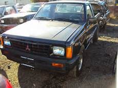 1992 Mitsubishi Truck 4cyl Manual 5 Speed Transmission