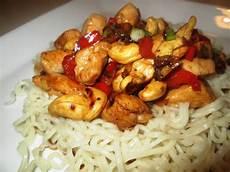 koreansk kylling en verden af smag wok med kylling og cashewn 248 dder