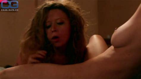 Nude Betty Grab Le