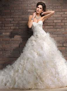 20 inspired winter bridal luxury wedding dresses magment