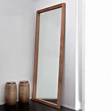 specchio con cornice in legno lf t specchio ethnicraft con cornice in legno diverse