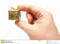 kleine geschenk kleines geschenk stockfoto bild klein gold geschenk