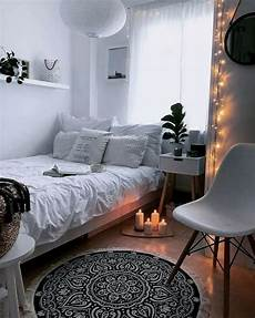 Small Bedroom Decorating Ideas On A Budget 33 Diy Small Bedroom Decorating Ideas On Budget