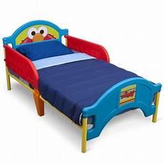 delta children sesame elmo plastic toddler bed