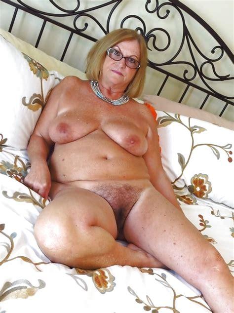 Yaz Boyum Nude