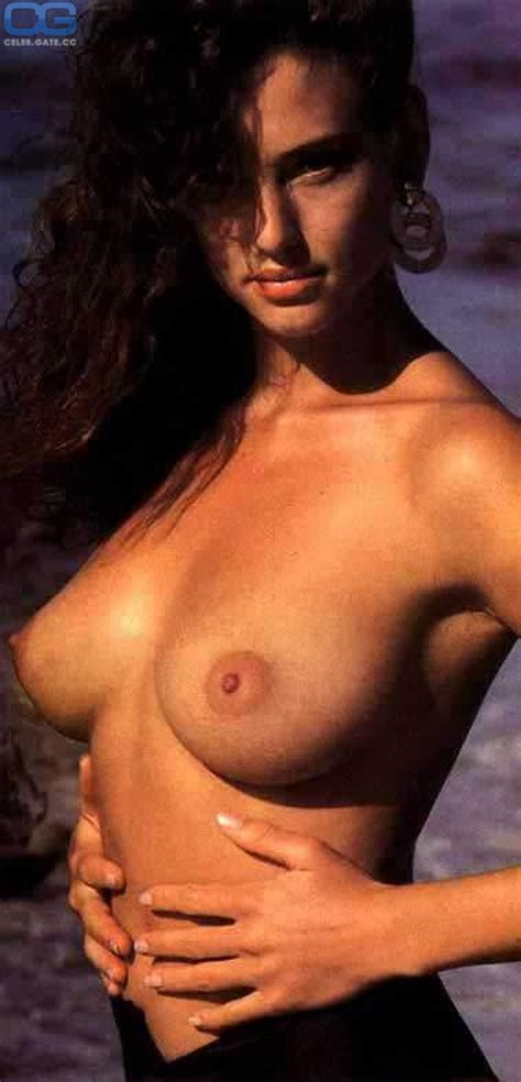 Freedom Nude Free Photos