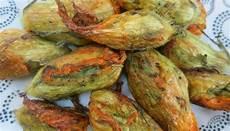 ricette con i fiori di zucca al forno ricetta fiori di zucca ripieni al forno le ricette di
