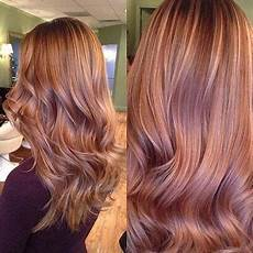 Light Brown Hair With Strawberry Highlights Strawberry Highlights On Brown Hair In 2019