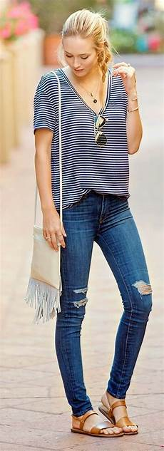 Light Ripped Jean Outfits 45 Ripped Jeans Outfit Ideas Every Stylish Girl Should Try