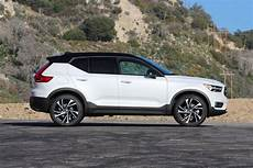 volvo in 2019 2019 volvo xc40 review like and subscribe roadshow