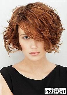 frisuren dünnes gewelltes haar unstrukturierter femininer kurz bob sophisticated