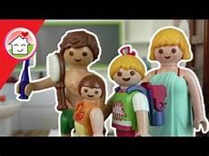 Ausmalbilder Playmobil Familie Hauser Playmobil Morgenroutine Der Familie Hauser