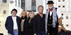 Fleetwood Mac Uk Charts 25 True Stories About Fleetwood Mac You Probably Didn T Know