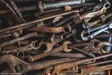 Entrosten Werkzeug by Wie Kann Ich Verrostetes Werkzeug Reinigen Der Wd 40 Guide