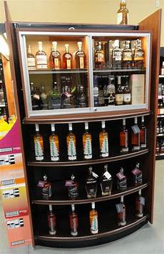 locking 2 tier display for valuable wine spirits in