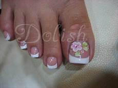 French Tip Toe Designs French Pedicure W H Design Toe Nails French Pedicure