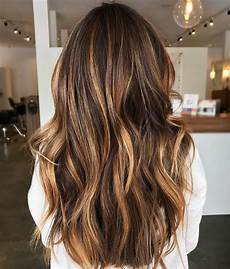 30 trends for brown hair with highlights to nail