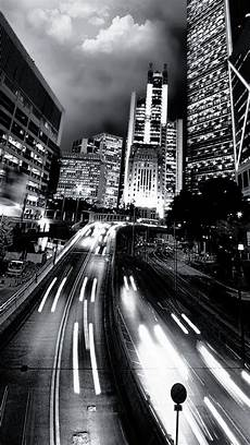 iphone wallpaper black and white city black and white city traffic the iphone wallpapers