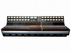 api consol api 1608 32 channel analogue mixing desk fully loaded